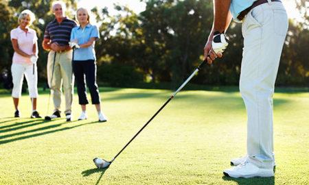 golfing_people