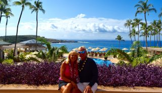 Lanai Couple of Travelers