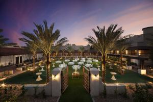 Scottsdale Resort Paradise Park at dusk