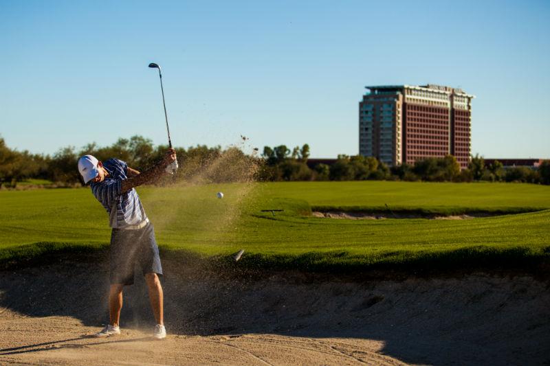 Talking Stick Resort_Golfer