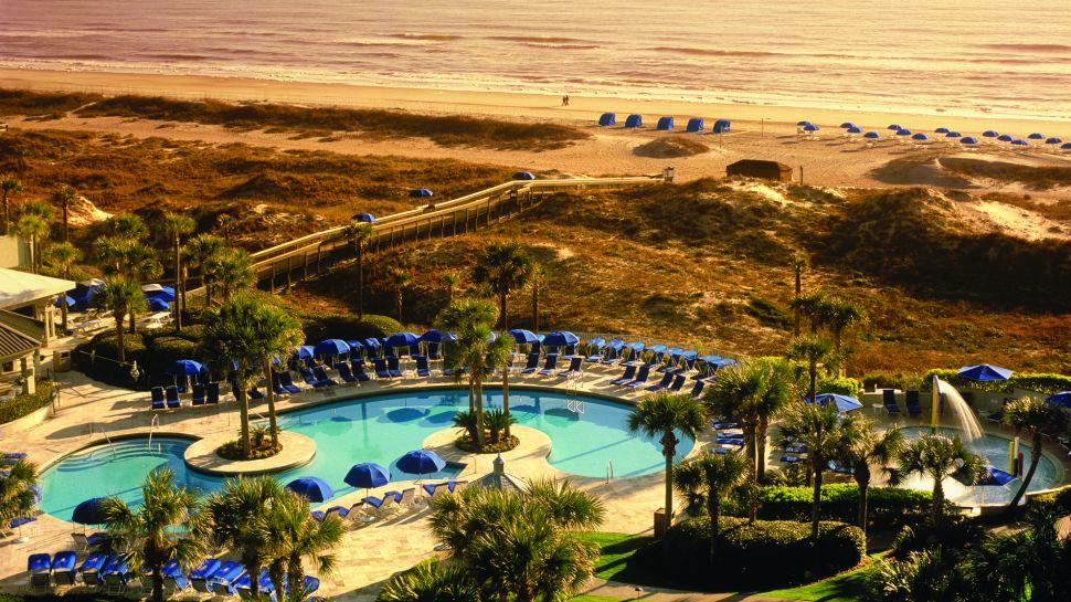 The-Riz-Carlton-Resort