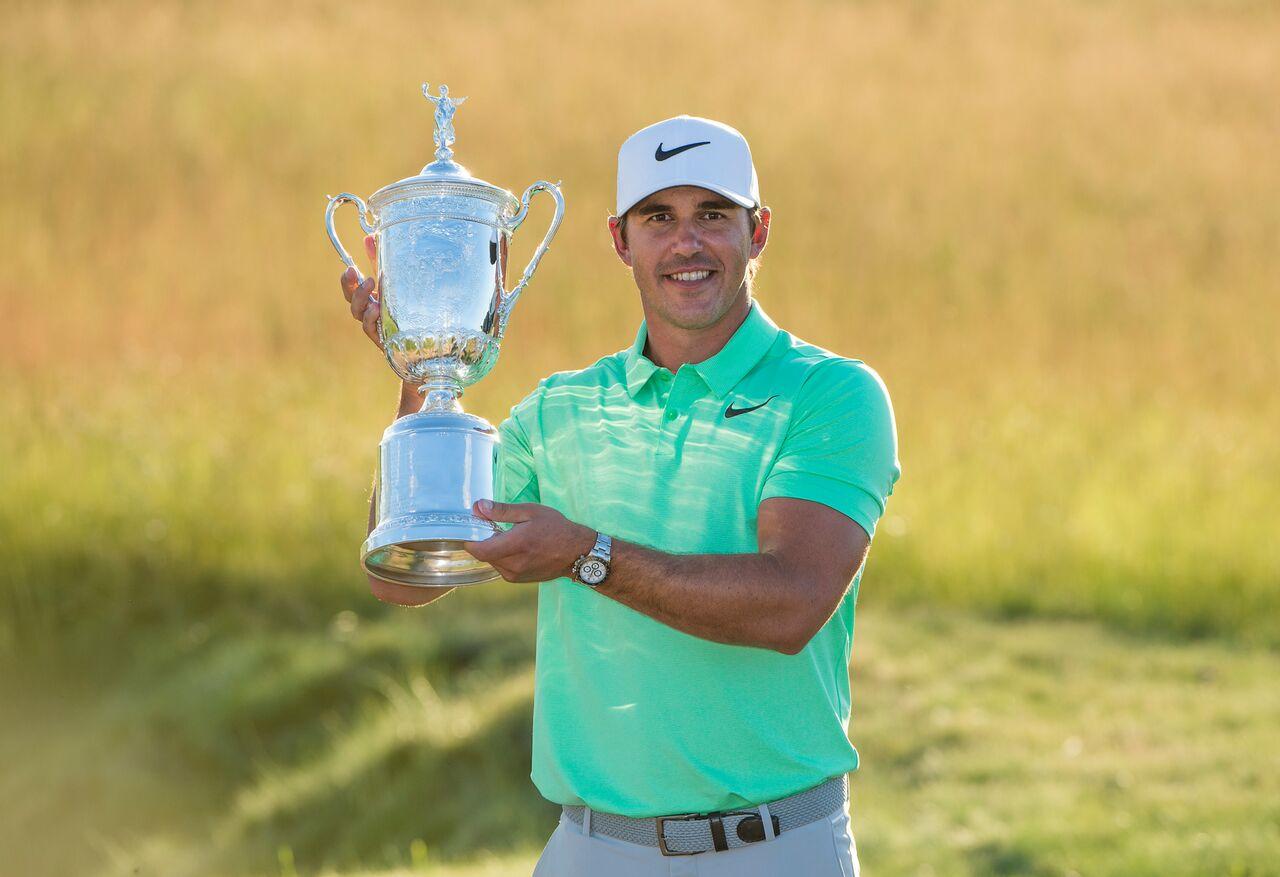 643bc2adadb Koepka Hoists U.S. Open Trophy – Golf Gear Weekly